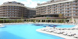 Hotel Sunmelia Beach Resort & SPA