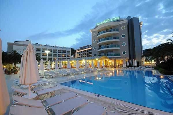 Vacanta 2021 - Hotel Pasa Beach