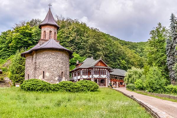 Oferte August 2021 - Excursie si Pelerinaj la Prislop