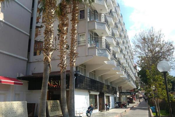 Oferte August 2021 - Hotel Surtel
