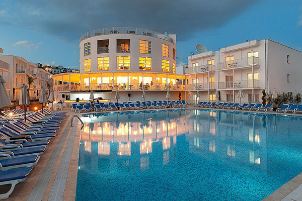 Hotel Bodrum Beach Resort 4*