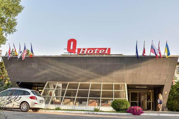 Hotel Q 3*