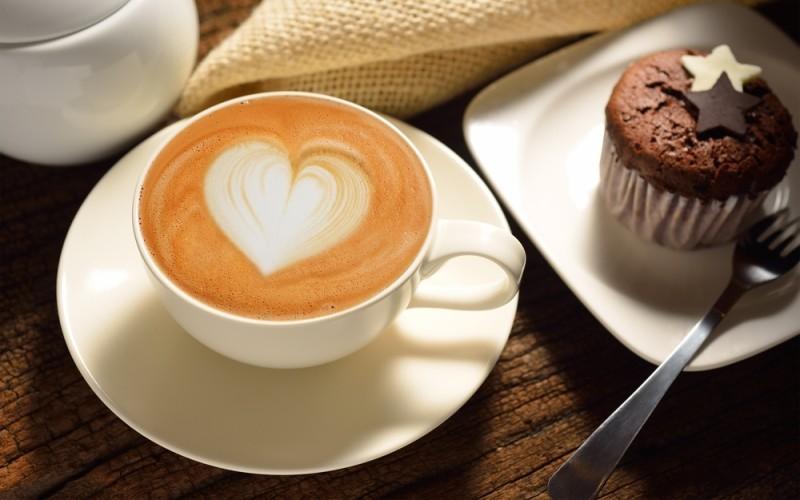 Coffee-and-cake_800_500-800x500