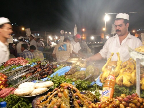 eating-in-djema-el-fna-square-marrakesh